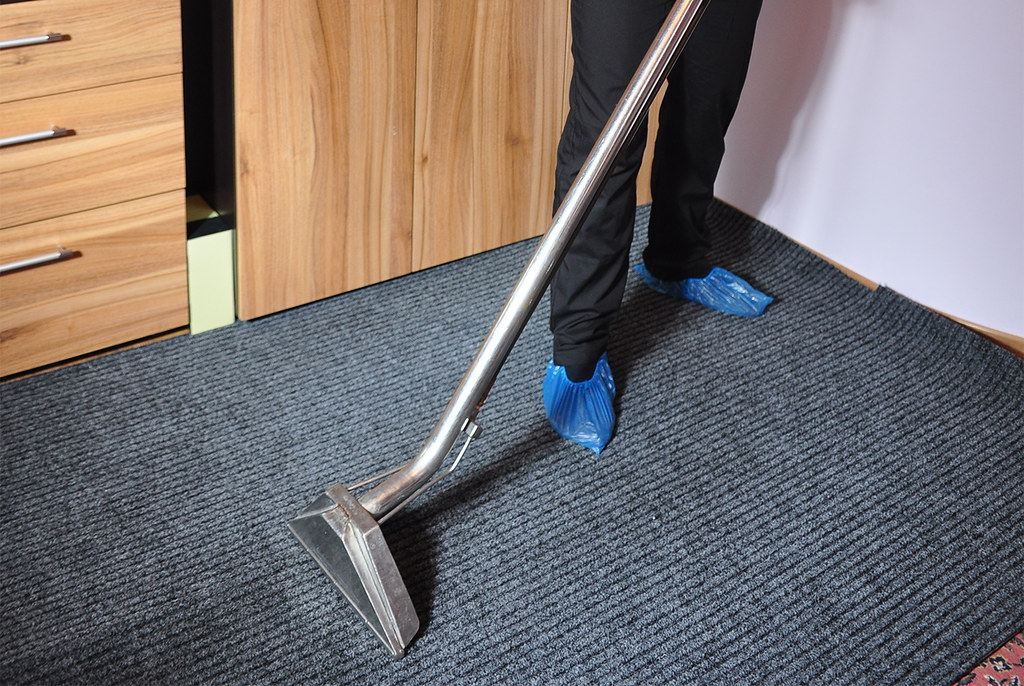 Carpet Cleaning Companies in Collingwood Park - Points To Consider When You Clean Your Carpet