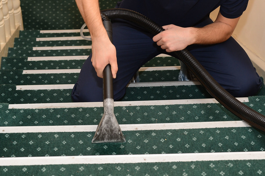End Of Lease Carpet Cleaning Moores Pocket - Why hire expert carpet cleaners?